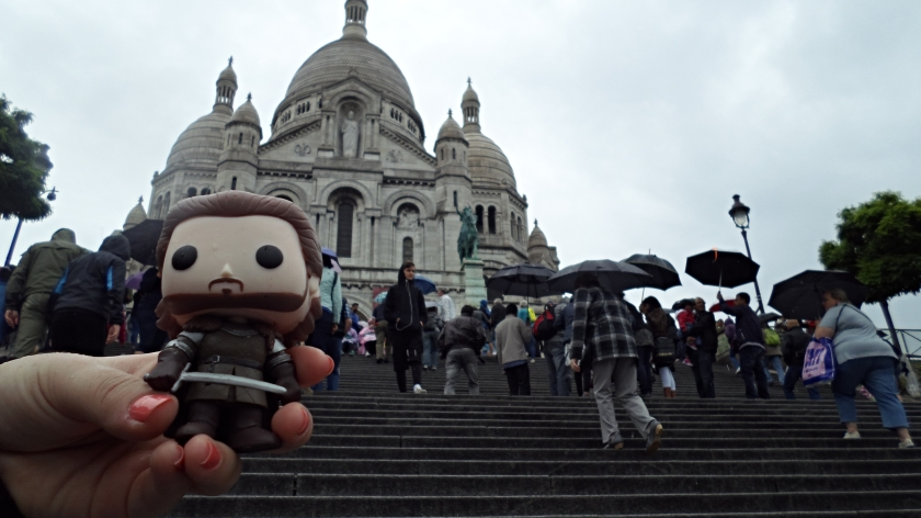 The huge walk, up the hill to Sacre-Coeur is a walk in the park for Robb Stark. He's as fit as a fiddle.